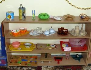 Подготовка детей к взрослой жизни происходит при использовании специальных монтессори-материалов
