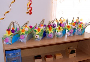 подарки мамам на 8 марта в детском саду Планета Монтессори
